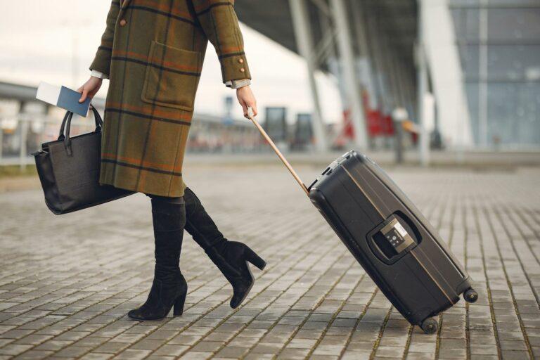 COVID-19: Ik vertrek naar het buitenland, wat nu?